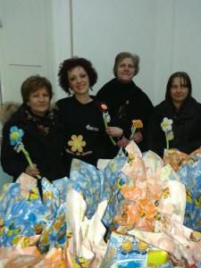 donazione di uova pasquali, ai bambini meno fortunati della Parrocchia San Pio X di Avezzano.