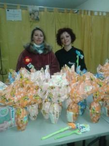 donazioni di uova pasquali ed i giochi, ai bambini meno fortunati della Parrocchia Santo Spririto di Avezzano.